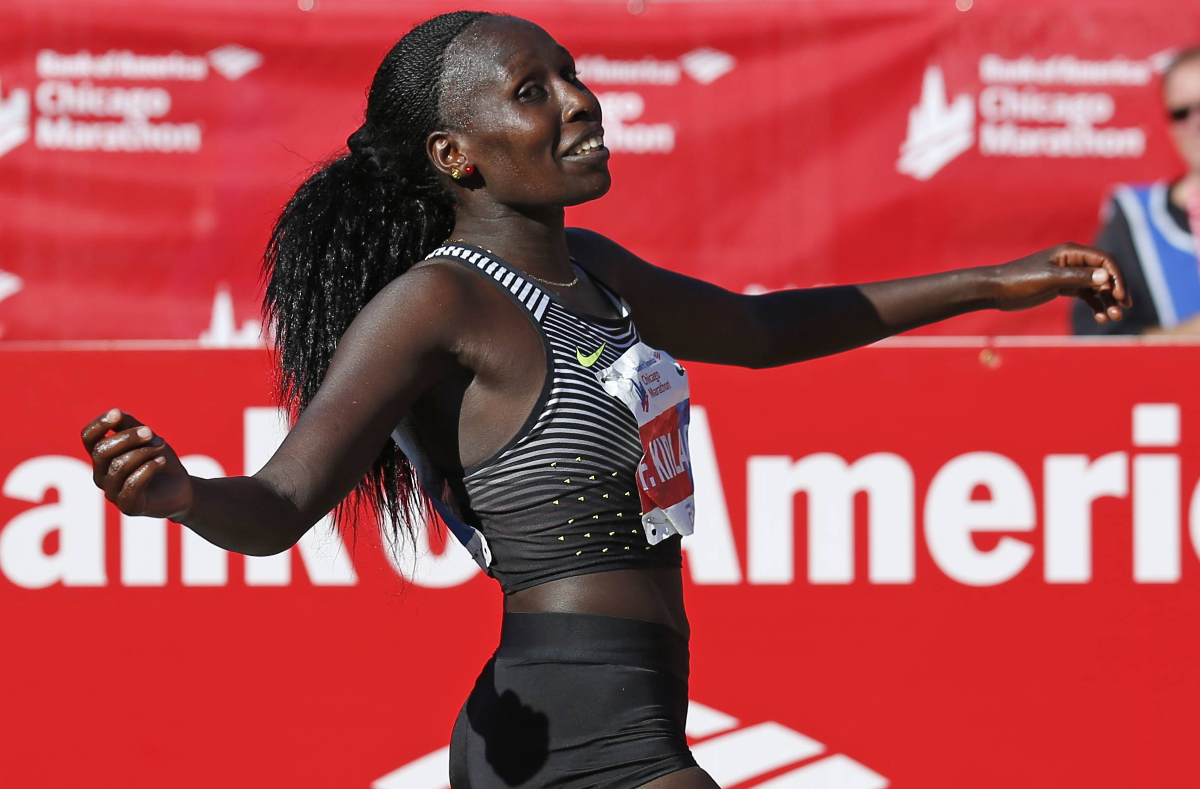Florence Kiplagat of Kenya will return to try for her third straight win in the Chicago Marathon.