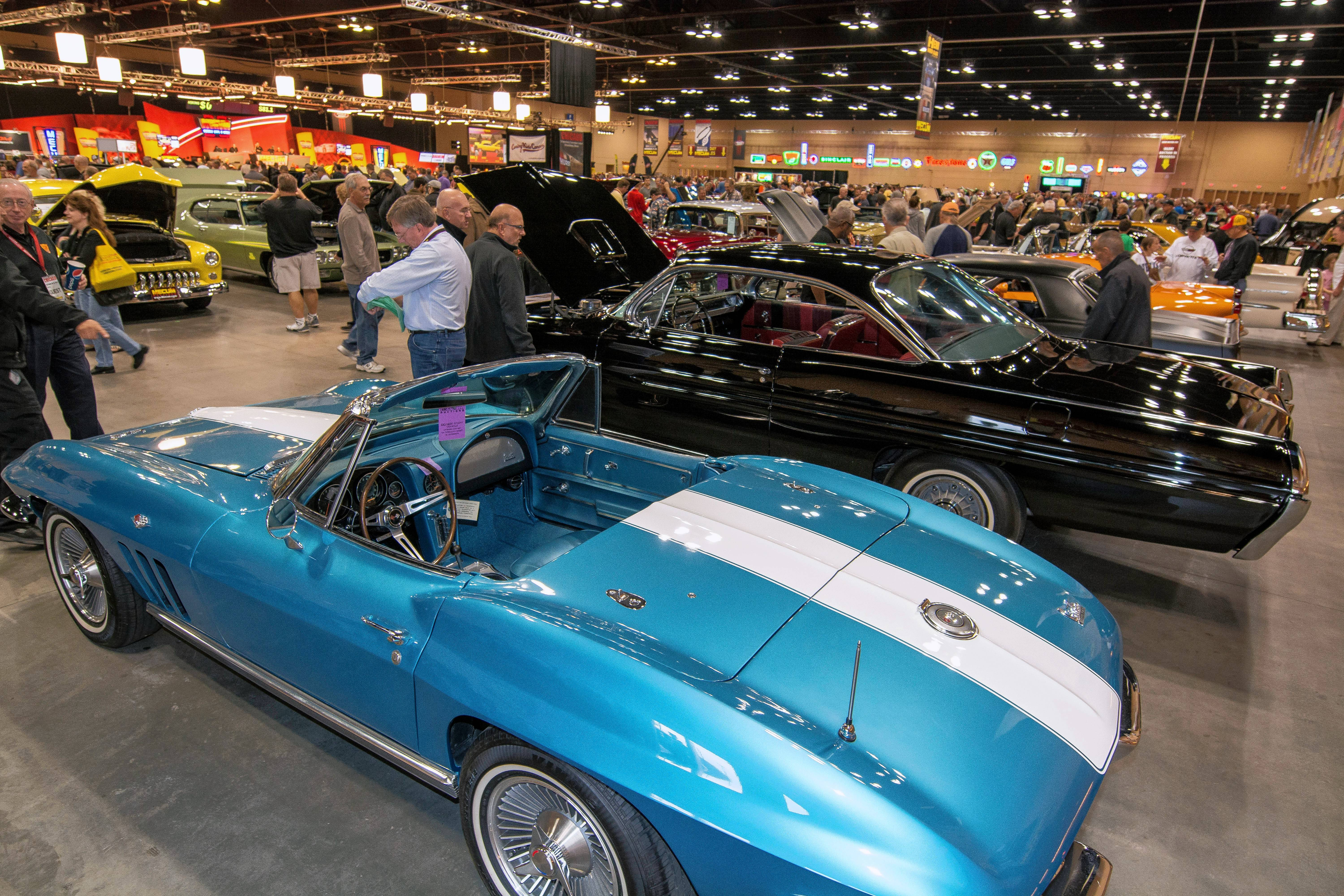 Mecum Auctions will be selling more than 1,000 cars at its Chicago Auction in Schaumburg Oct. 5-7.