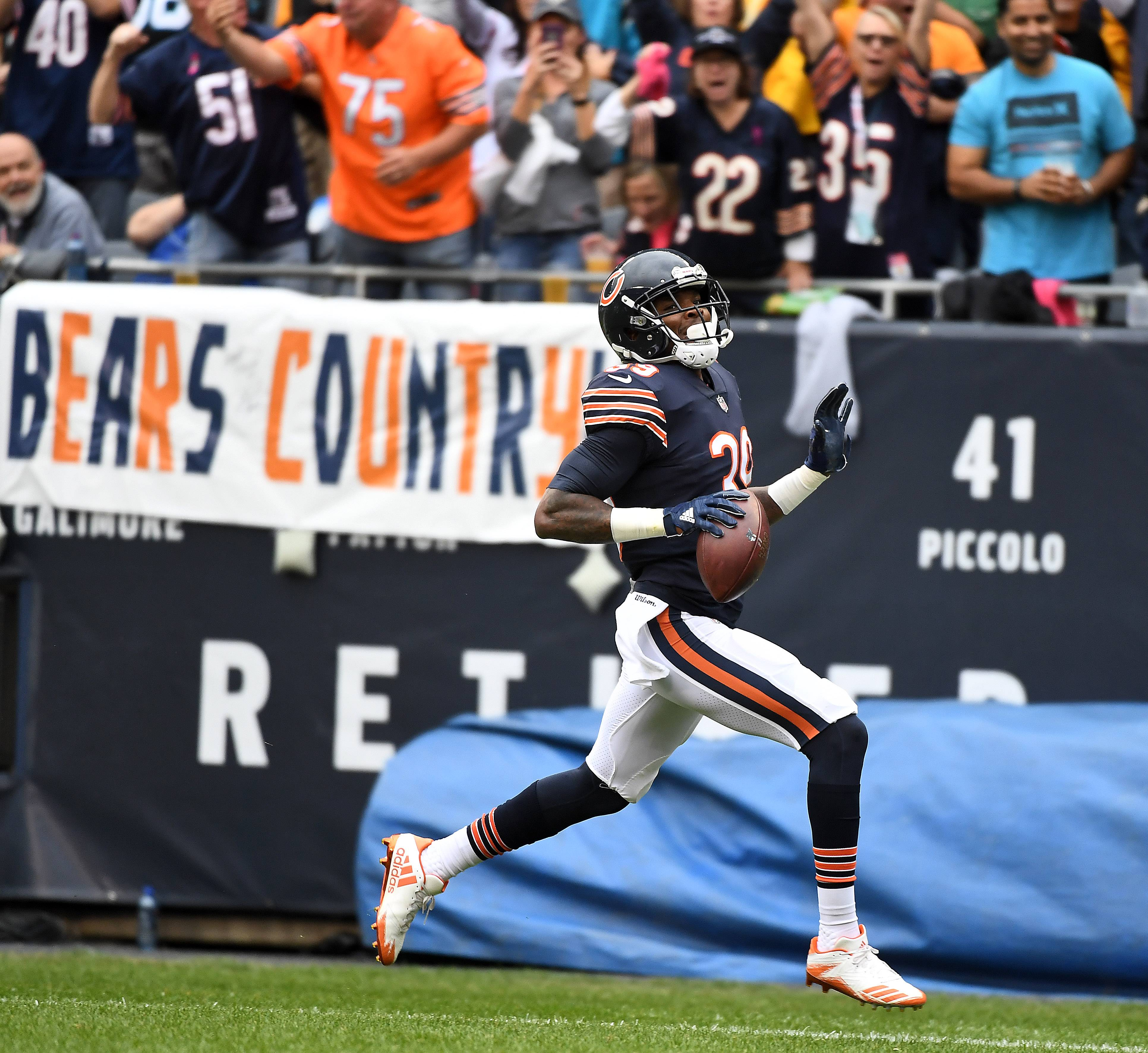 Chicago Bears free safety Eddie Jackson (39) glides into the end zone after a 75-yards for a fumble return for a touchdown during Sunday's game at Soldier Field in Chicago.