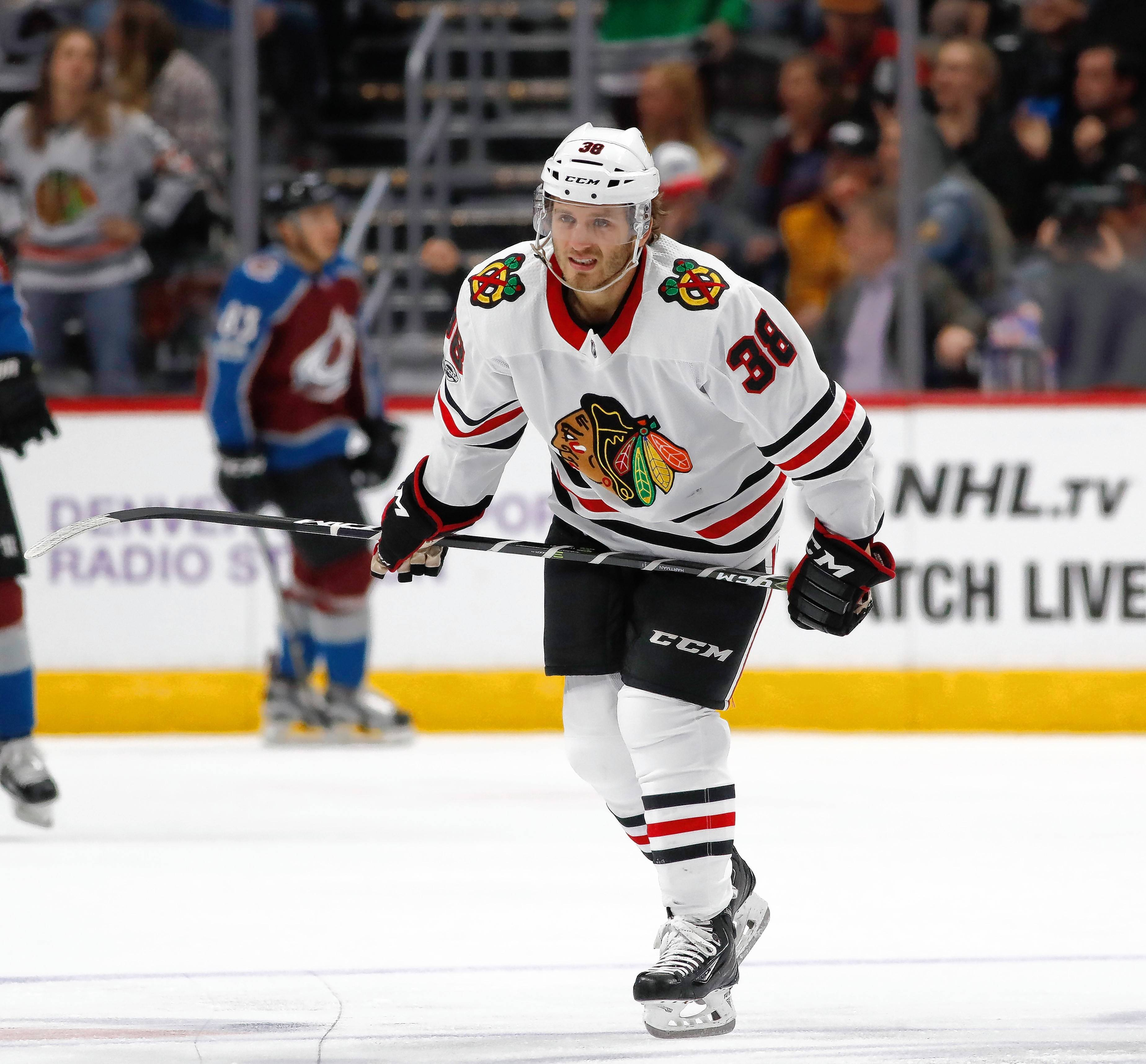Blackhawks' Hartman comes back strong -- and at a new position -- after healthy scratch